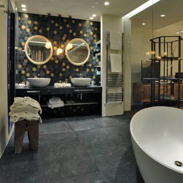 mattonelle bagno albergo