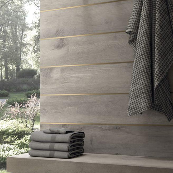 mensola bagno su misura effetto legno
