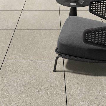 Pavimento da esterno sopraelevato in gres porcellanato