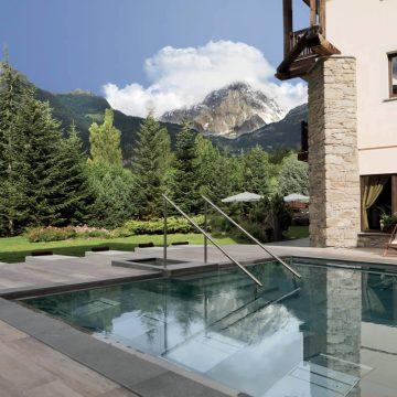 piscina gres effetto legno