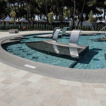 produzione bordi piscina