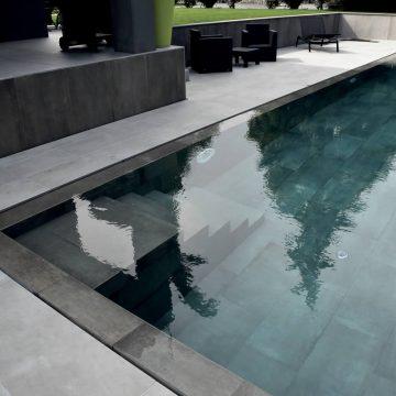 scale bordo piscina
