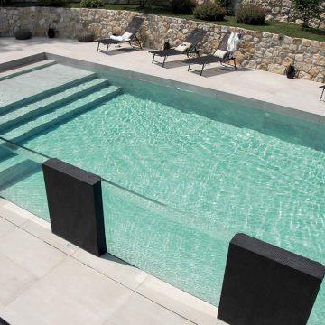 piscina effetto cemento